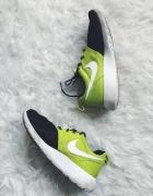 Nike Roshe Run 37