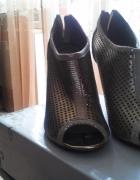 Złote sandalki 39