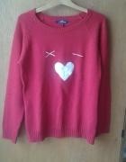 Dziewczęcy czerwony sweter