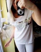 Biała koszulka srebrny napis...