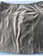czarna spódnica skóropodobna