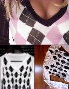 Biały sweterek w szaro czarne romby