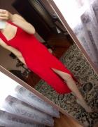Długa czerwona sukienka maxi dress suknia rozcięci