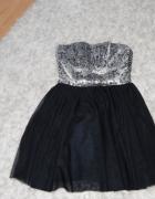 Prześliczna tiulowa sukienka