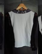 Bluzka narzutka biała z czarymi rękawami