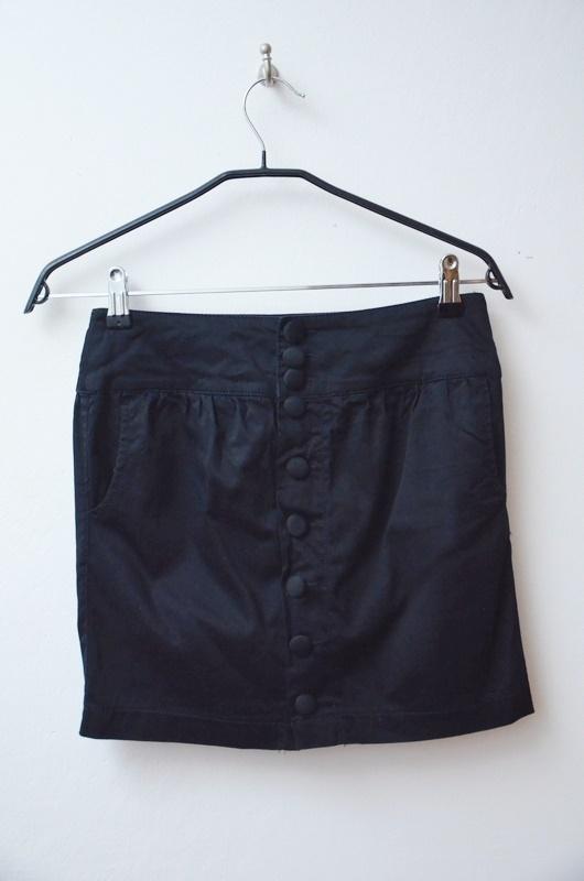 Spódnice Stradivarius czarna spódnica na guziki mini 34