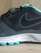 Outlet Buty Nike Zoom Vomero 8 rozmiar 42 5...