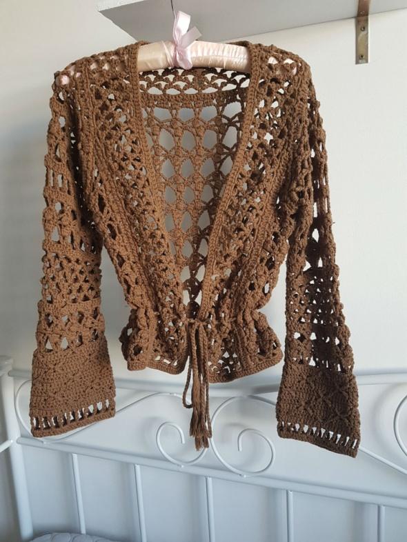 Swetry OASIS brązowy sweter ażur