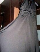 Czarna rozkloszowana sukienka na szyję rozm 38...