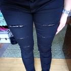 Spodnie rurki podarte koronka