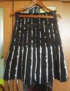 spódnica kloszowana midi L