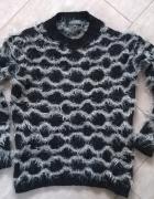 Włochaty sweter fluffy S