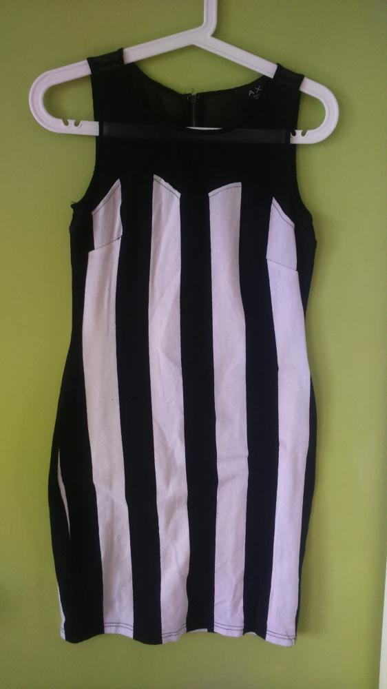 Suknie i sukienki sukienka w paski