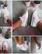 NIKE biało różowe