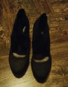 CCC buty na obcasie czarne