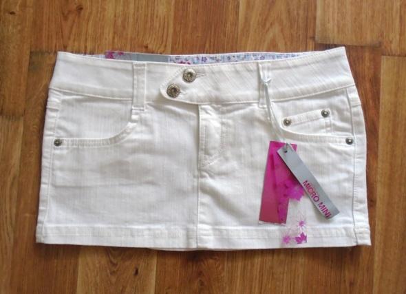 Spódnice Śliczna biała jeansowa mini spódniczka M