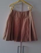 Rozkloszowana karmelowa spódnica