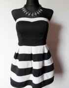 Krótka rozkloszowana sukienka r S