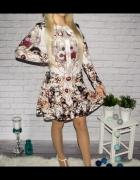 Biała sukienka z orientalnym wzorem