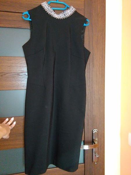 Suknie i sukienki czarna sukienka z cyrkoniami na szyi 40 L
