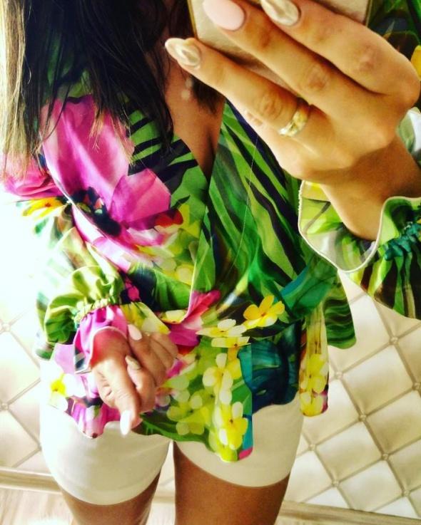 Eleganckie Piękna koszula w kwiaty i szorty z eko skóry