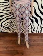 wzorzyste spodnie azteckie Tally Weijl 32 34 XS XX