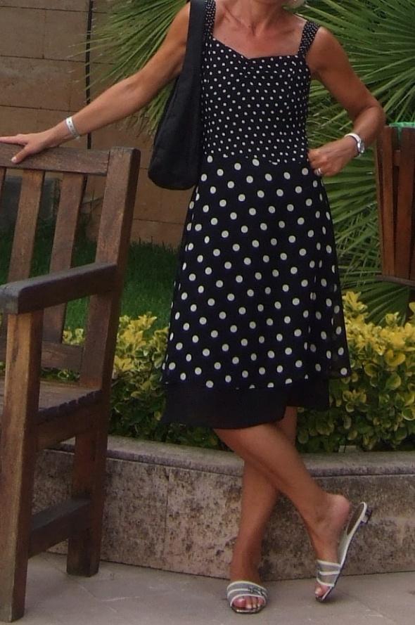 Codzienne Kobieca sukienka w groszki