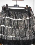 Sliczna koronkowa spódniczka firmy Awear r M...