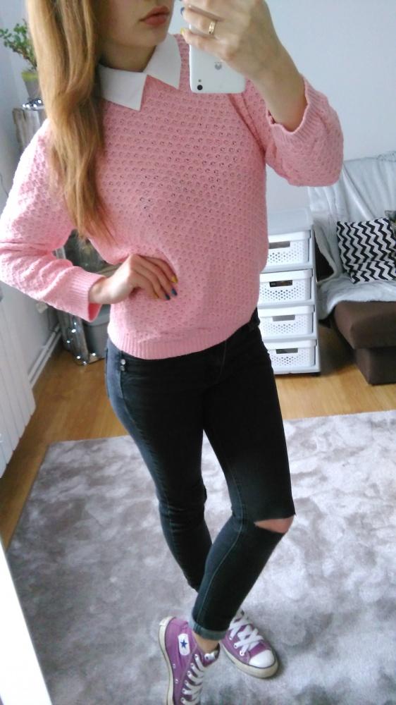 Codzienne Różowy sweterek z kolnierzykiem