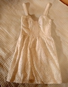 Biała koronkowa sukienka Topshop S...