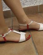Nowe polskie sandałki ze skóry naturalnej beż