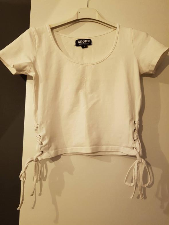 bluzeczka krótka wiązana biała 36S...