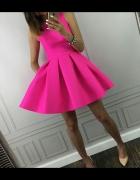 Sukienka o slicznym kolorze