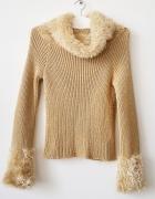 sweter z futerkiem