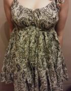 Sukienka w indyjskie wzory...