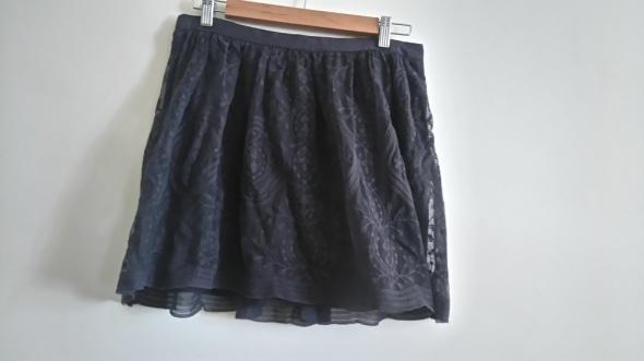 Spódnice Spódniczka szara koronka Promod 38