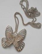 uroczy naszyjnik z motylkiem