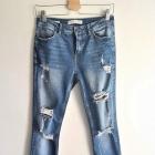 Spodnie jeansowe Bershka dziury przetarcia