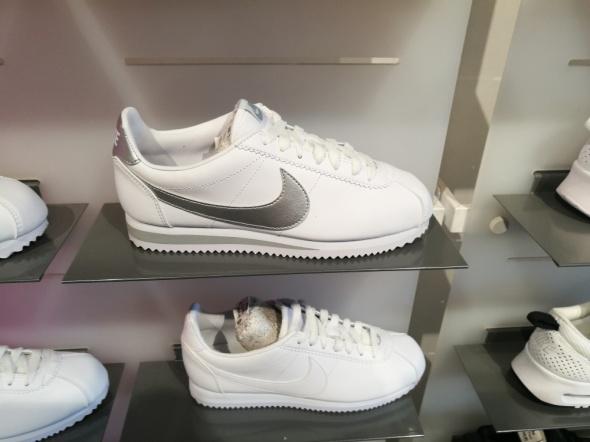 Nike Cortez 39 biało srebrne white silver...