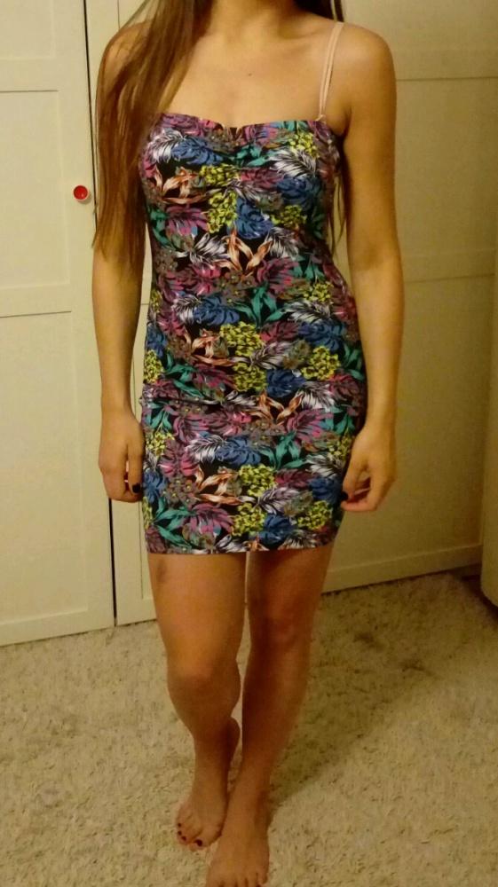 Kolorowa sukienka tuba rozm M L