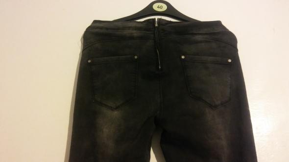 Spodnie jeansy rurki