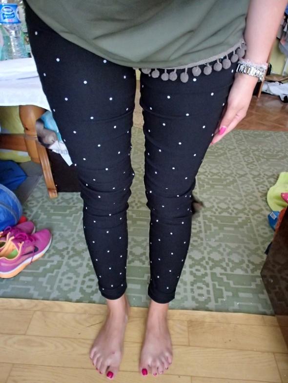 Spodnie rurki kropki...
