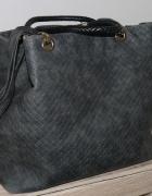 Pojemna szara torba