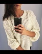 Sweter oversize warkocz Biały