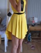 Sukienka musztardowa asymetryczna plisowana