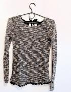 Melanżowy biało czarny sweterek bluzka z koronką