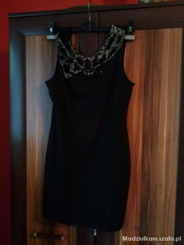 Suknie i sukienki Elegancka sukienka