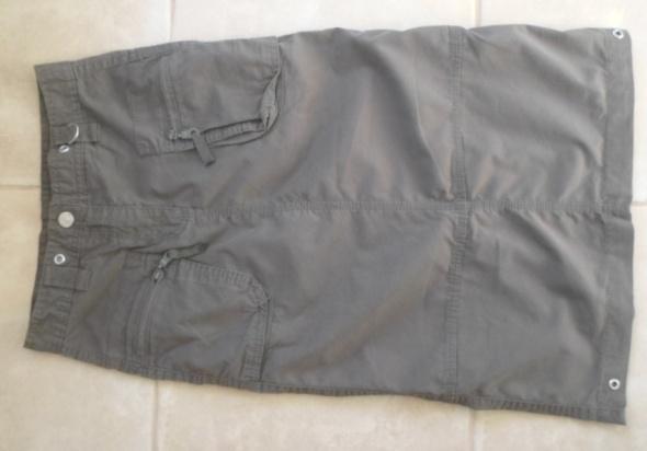 Spódniczka w stylu militarnym khaki C&A 134...