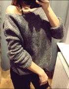 Sweter na jedno ramię