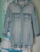 Długa jeansowa kurtka szarpana M